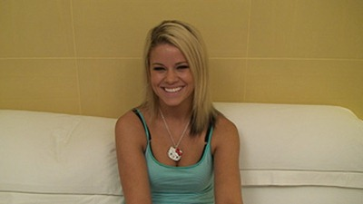 hot-blonde-at-exploited-teens